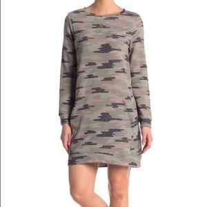 Como Vintage - Camo Print Sweatshirt Dress